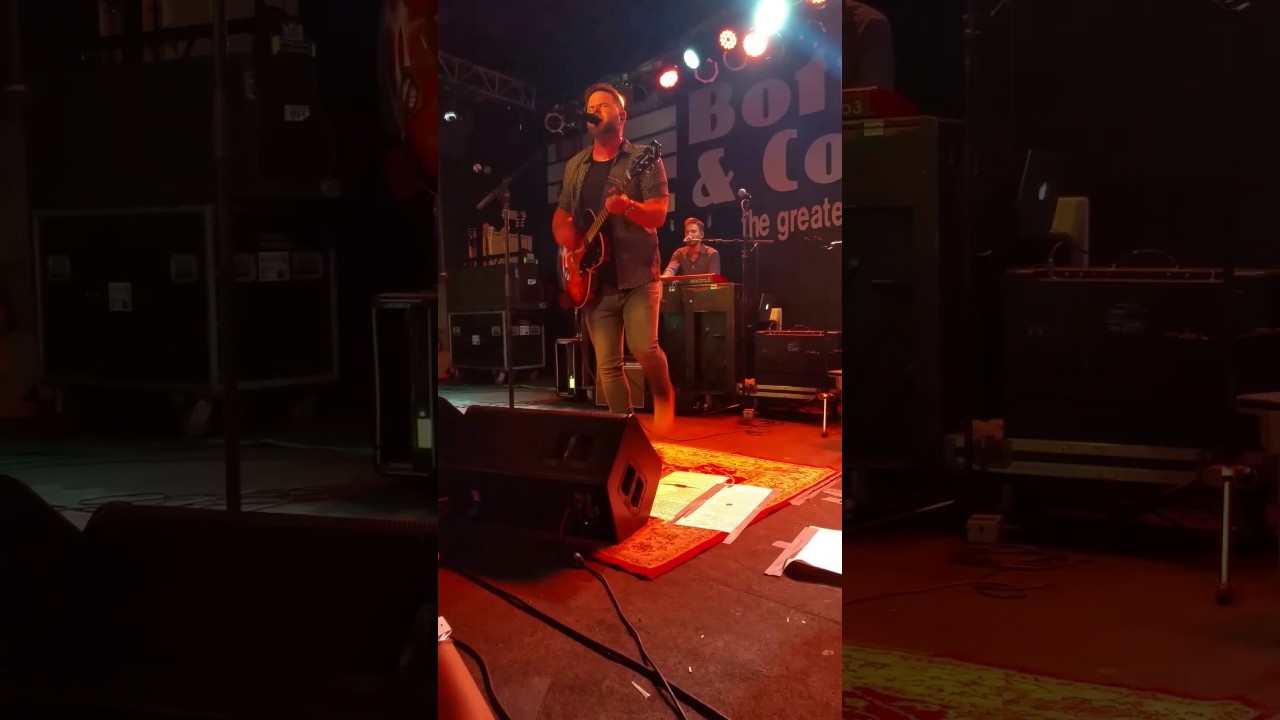 David Nail at The Bottle and Cork - Let it Rain - YouTube