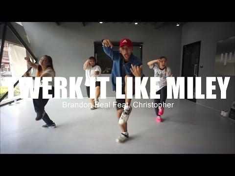 Twerk It Like Miley - Brandon Beal Feat. Christopher / Texas [ IPH Studio ]