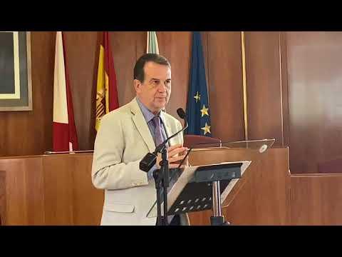 Caballero pide a Renfe dos trenes directos con Madrid cada día