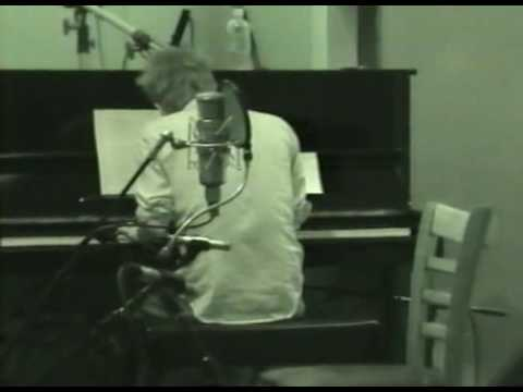 Radiohead Playing Neil Young's After The Gold Rush June 4, 2003 At Electric Lady Studios NYC, NY