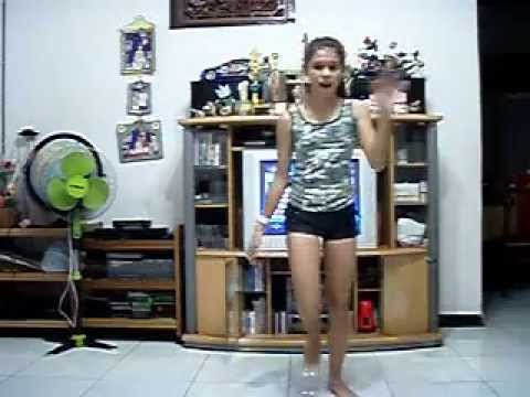 "Jessica Bennett (13 years old) - Dancing to ""Runaway Love"" by Justin Bieber"