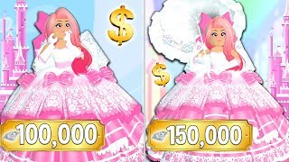 BUYING THE TOP MOST EXPENSIVE OUTFIT IN ROYALE HIGH! HUGE DIAMOND SPENDING SPREE!