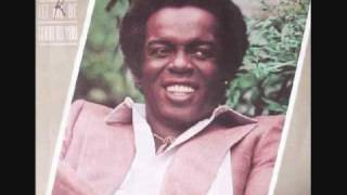 Watch Lou Rawls Let Me Be Good To You video