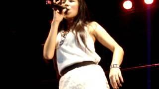 Repeat youtube video KnomJean Concert in Korat 2553