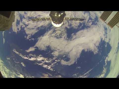 Пролетаем над островом Сахалин (вид из космоса)