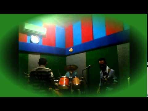 palsu dsain band feat lina 2