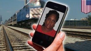 Женщина врезалась в поезд, читая на ходу свой телефон(, 2015-03-16T14:59:53.000Z)
