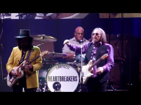 Tom Petty and the Heartbreakers You Got Lucky Dallas 4-22-2017