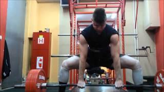 Deadlift 275kg x 4 (605 lbs)