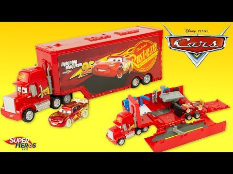 Disney Cars Camion Mack Transporteur Transformable Flash McQueen Jouet Toy Truck Hauler Review