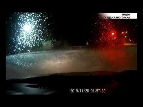 Госавтоинспекторы Саяногорска устроили погоню за угнанным автомобилем