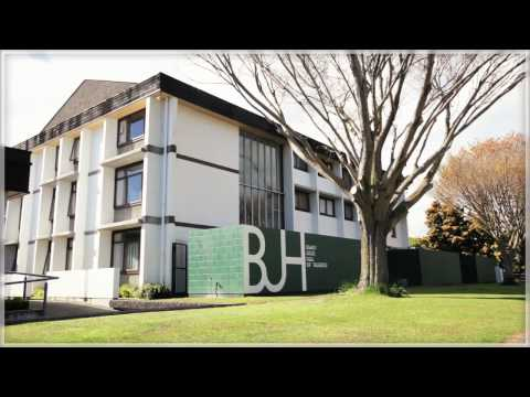 UC Campus Tour: Accommodation Options