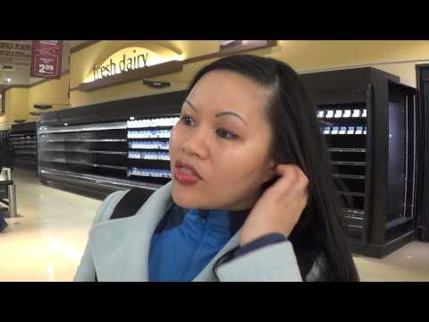 Dominick's Going Out of Business! Part 2 of 4 - Jenny Gets Teary
