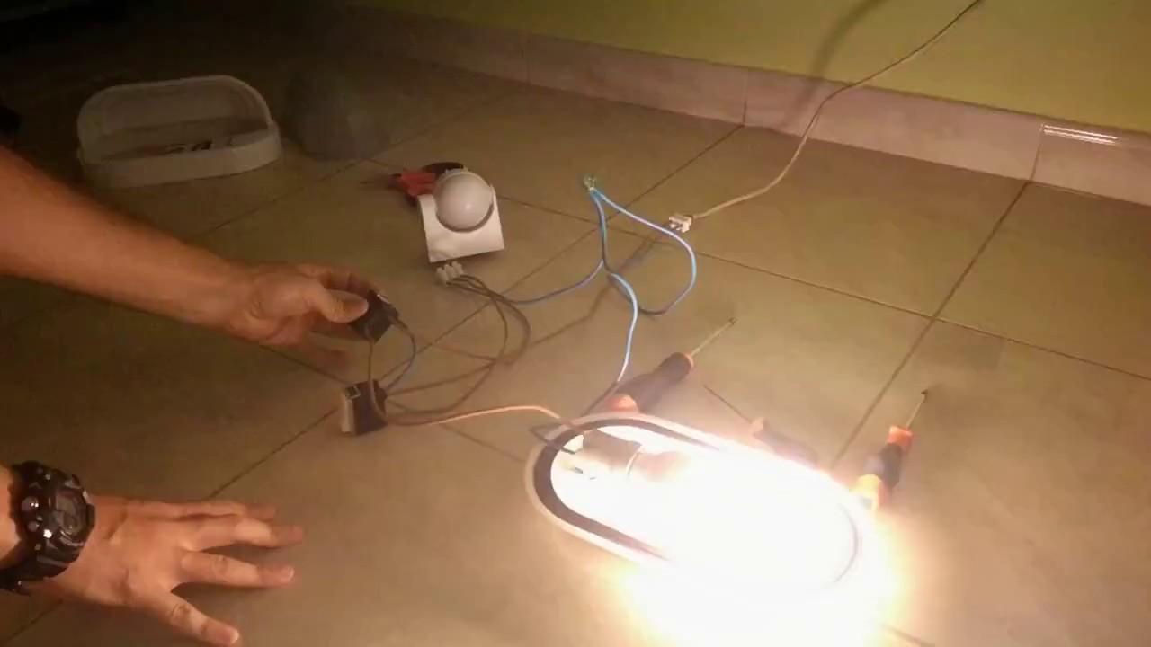 Sensore Per Accendere La Luce.Sensore Di Movimento Pir Interruttore Deviatore Youtube