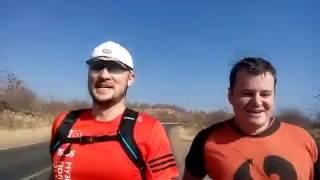 Путешествие по Африке Водопад Виктория(Это видео было снято в августе 2016 года, во время путешествия по Африке. Иван и Илья бегут по саванне к водопа..., 2016-11-14T08:54:26.000Z)