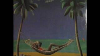 Neoton Familia - Vamos A La Playa