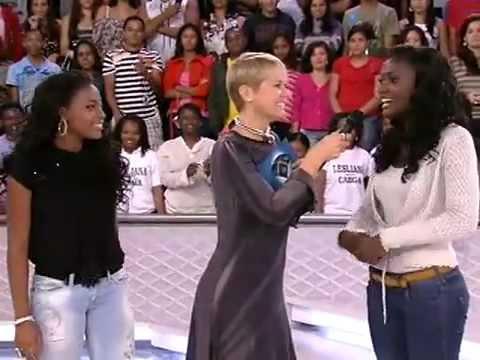 Inteiro: Xuxa dança kuduro e escolhe fada madrinha para seu filme!