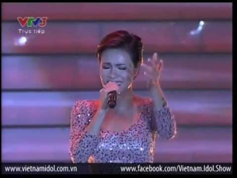 Vietnam Idol 2012 - Chờ Người Nơi Ấy - Uyên Linh - Gala Chung Kết