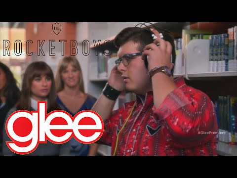 """Glee - """"Viva Voce"""" (Can you hear me now) - Finding Roderick"""