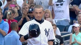 Ichiro singles for his 4,000th base hit