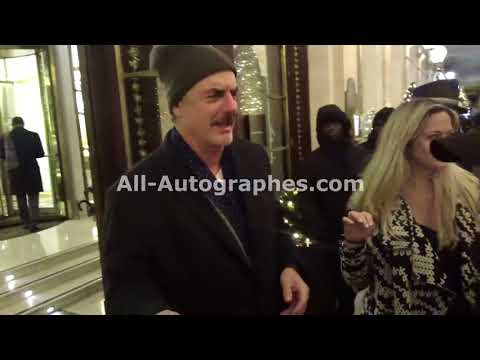 Chris Noth Mr. Big ! signing autographs in Paris Part 1