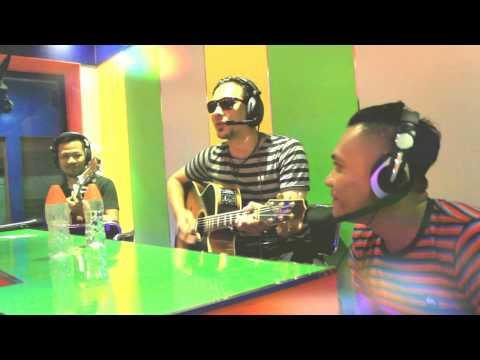 BAGINDAS LIVE ON LIIUR FM TULUNGAGUNG