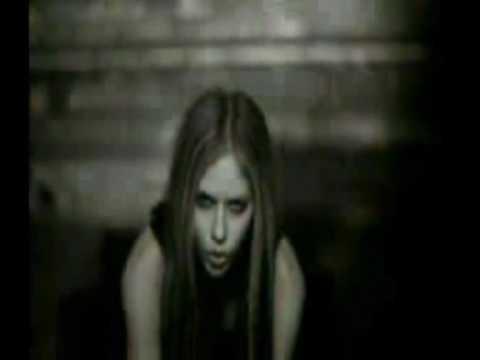 Avril Lavigne-Slipped Away Music Video
