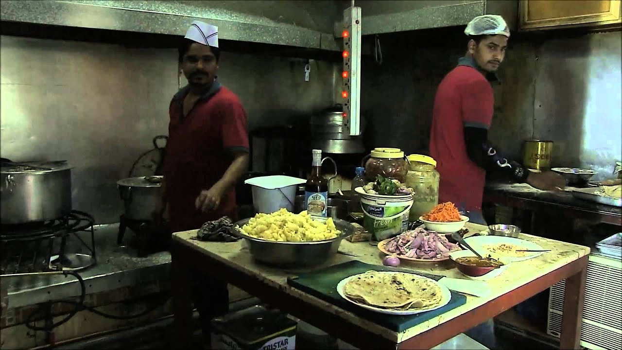 In Rich Qatar One Restaurant Lets Poor Eat For Free Youtube