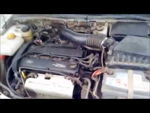 Форд фокус 1 заводится и сразу глохнет.