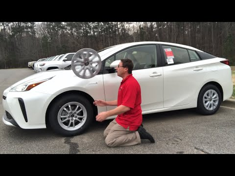 How you can easily switch Prius wheel covers for Alloys!