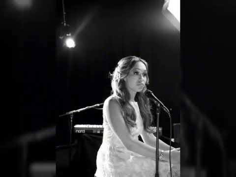 Rebecca Ferguson - Amazing Grace