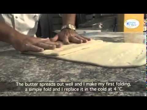 2 fabriquer des croissants au beurre d 39 isigny aop par. Black Bedroom Furniture Sets. Home Design Ideas