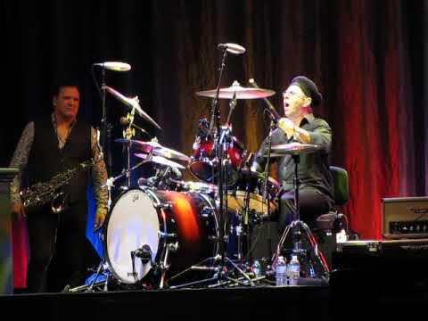 Anton Fig drum solo at Joe Bonamassa concert SPAC 2017