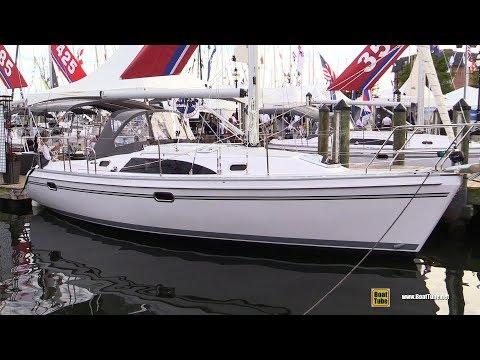 2017 Catalina 315 Sailing Yacht - Deck and Interior