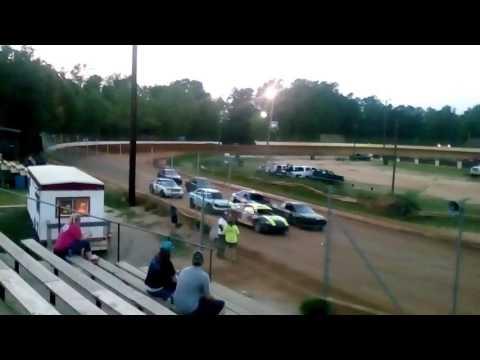Heat race county line raceway