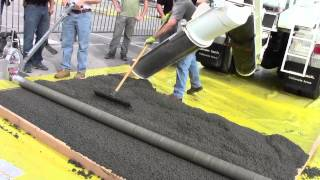 2014 WOC Attendees Learn How to Use a Roller Screed