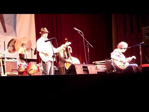 Ruth Davies blues nite at Stanford - Elvin Bishop sings 7/22/09