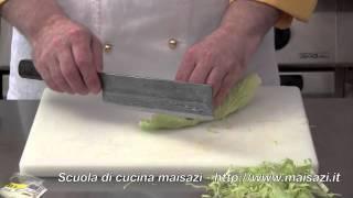 Scuola di cucina: tagliare la chiffonade con il coltello Usuba