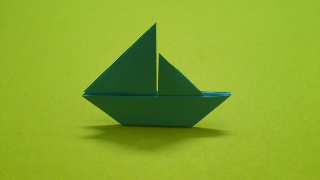 Making a simple boat out of paper with children 73