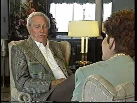 Patricia O'Connor talks with Howard Keel