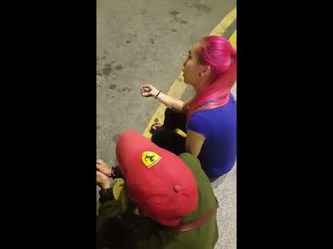 Remaja Cina Ucap Kalimah Syahadah Di Tepi Jalan