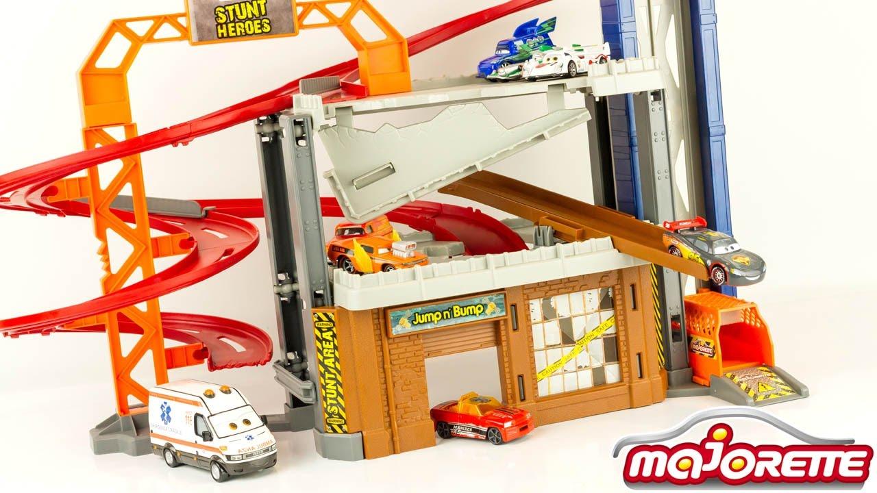 Crash Hot Heroes Wheels Center Car Toy Review Lightning Fastlane Garage Stunt Dickie Mcqueen zMVpSU