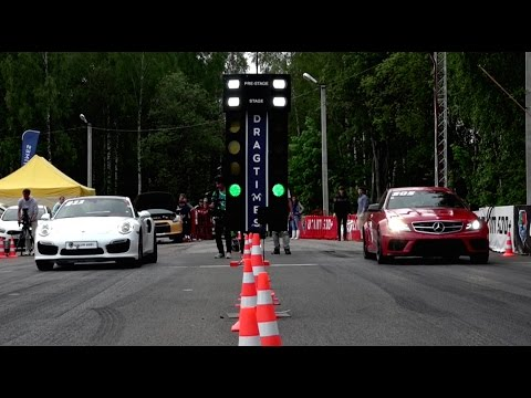 Porsche  911 Turbo vs Mercedes C63 AMG
