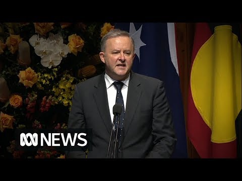 """Hawke Memorial: Albanese says Hawke's """"heart was too big to be contained by party lines"""" 