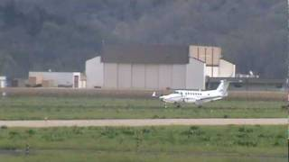 Beechcraft King Air 350 landing at Jefferson City,Missouri