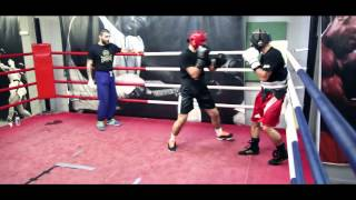MIGHTY MIKE ARNAOUTIS training by FITNESS WEEK for the Battle!