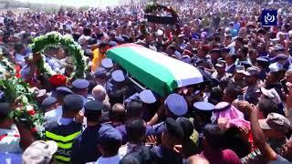 الأردنيون يشيعون جثمان الشهيد الملازم الطيار أحمد الخوالدة