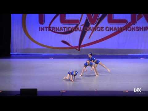 "TOP JUNIOR DUET/TRIO - ""JET SET"""