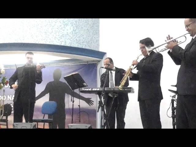 Grupo música e evento - Canção She