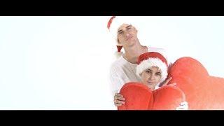 Смотреть клип Adexe & Nau - Ya Estamos En Navidad
